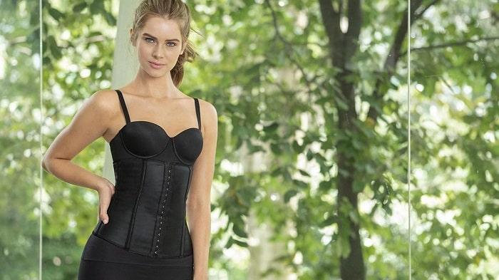 how-to-measure-proper-corset-size-min