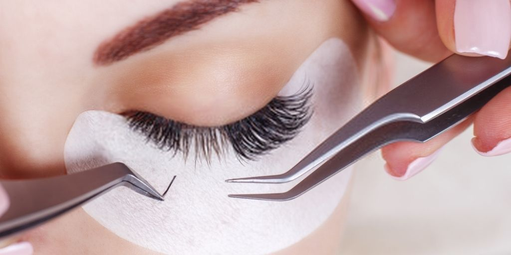 Cluster Eyelash Extensions